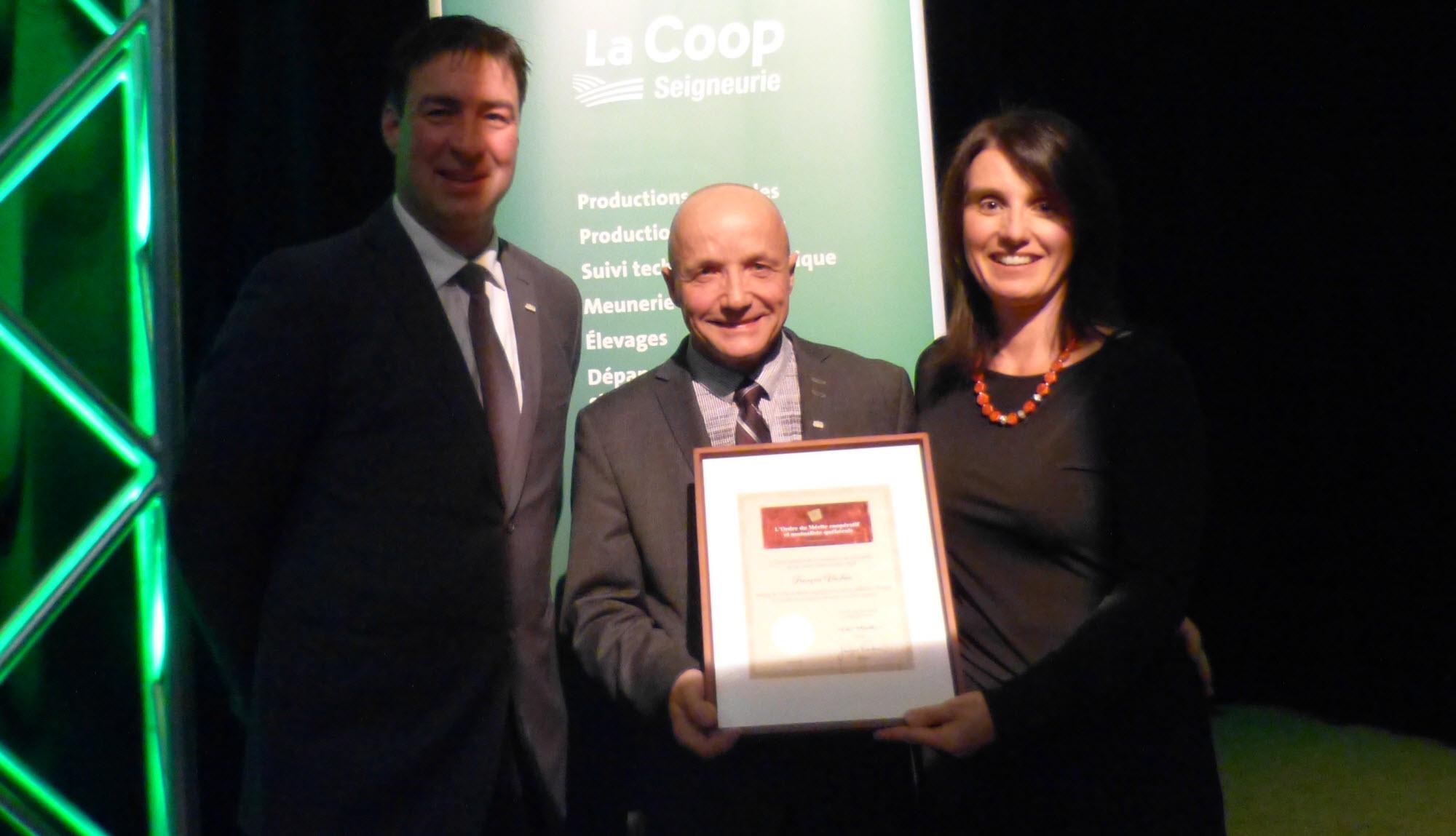 Ordre du mérite coopératif et mutualiste: François Vachon